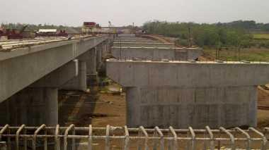 \Pembangunan Infrastruktur Harus Tepat Guna\