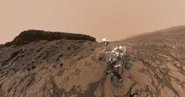 Elon Musk Siapkan Robot Canggih untuk Kolonisasi Mars