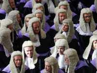 Ilmuwan Inggris Kembangkan 'Hakim Kecerdasan Buatan'