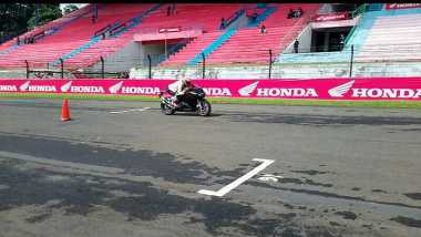 Maquez Jajal CBR250RR & Beri Coaching Clinic ke Pembalap Indonesia