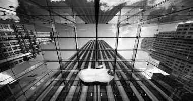 Alasan Apple Tak Pernah Pasang Touchscreen di MacBook