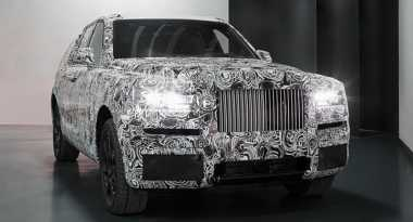 SUV Pertama Rolls-Royce 'Cullinan' untuk Segala Medan