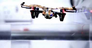 Drone Ini Bisa Terbang Tanpa Batasan Waktu