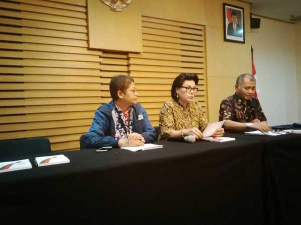 KPK Tetapkan Wali Kota Nonaktif Cimahi dan Suami sebagai Tersangka
