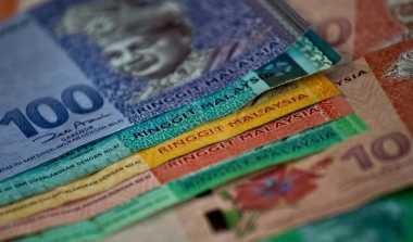 \Ringgit Anjlok, Malaysia Batasi Penggunaan Mata Uang Asing\