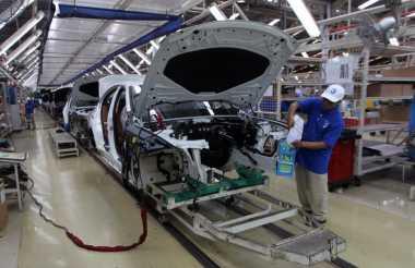 Pajak Berdasarkan Emisi Bisa Bikin Harga Mobil Sedan Turun?
