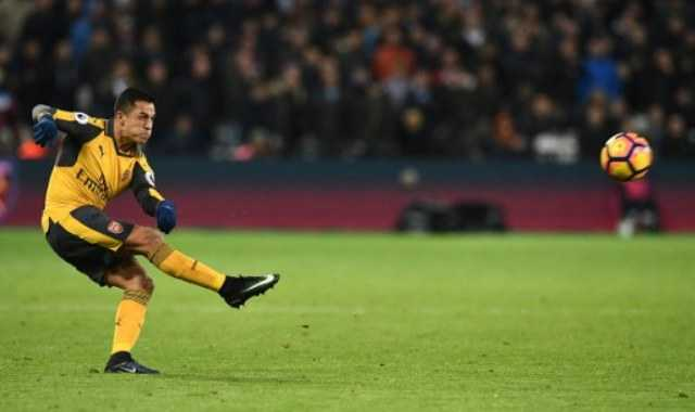 Sanchez Bawa Arsenal Tambah Keunggulan atas West Ham