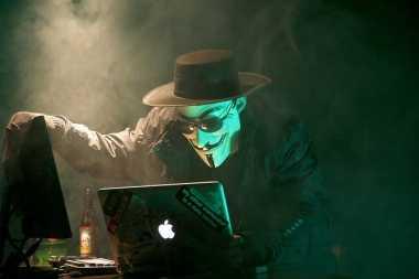 Tips Lindungi Aktivitas Online Tetap Aman