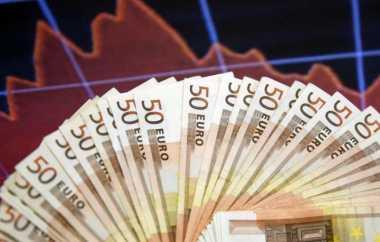 \Referendum Italia, Euro Kini Dibanderol Rp14.228\