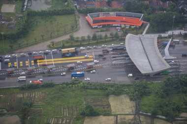 \Daftar Terperinci Pembangunan Jalan Tol Layang Jakarta-Cikampek\