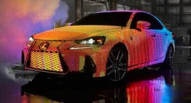Lexus Gunakan 42 Ribu Lampu LED untuk Wrapping Bodi Mobilnya