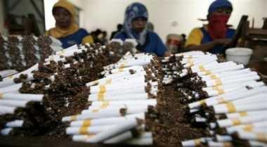 \Kontrol Pemerintah Terhadap Industri Rokok Dinilai Kurang   \