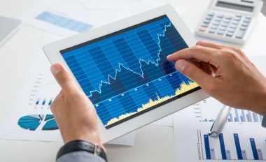 \Defisit Neraca Perdagangan Amerika Tembus 17,8%   \