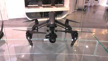 Cara Streaming Facebook Live Melalui Drone