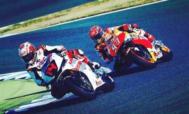 Hot Sport: Keseruan Marc Marquez dan Fernando Alonso Bertarung di Lintasan Balap