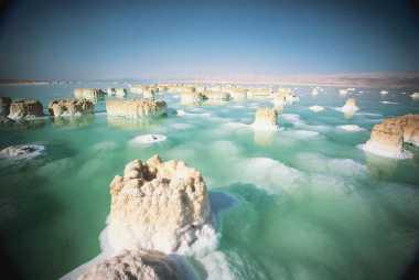 10 Rahasia Laut Mati (1)