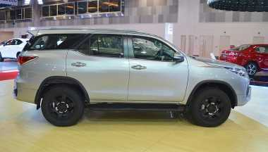 Di Oman, Toyota Fortuner TRD Dibekali Mesin 4.000 Cc