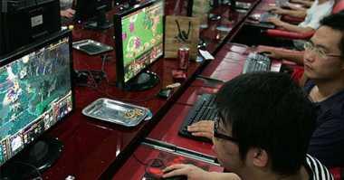 \Pria IniINSPIRASI BISNIS: Kantongi Omzet Belasan Juta Rupiah dari Bisnis Warnet Game\