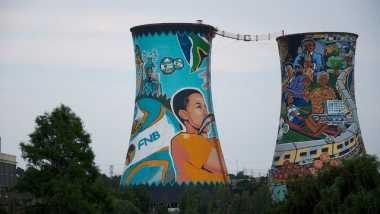 \Menara Kembar di Afrika Selatan yang Tak Terpakai 70 Tahun\