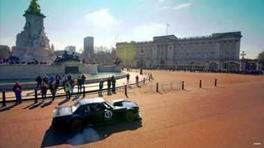 """Drifter Ken Block """"Obrak-abrik"""" London Pakai Ford Mustang"""