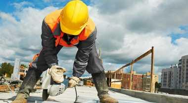 \Kementerian PUPR Dorong Peningkatan Kompetensi Tenaga Ahli Konstruksi\