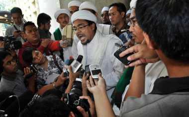 Hina Kapolda Metro, Habib Rizieq Dipolisikan Seorang Hansip