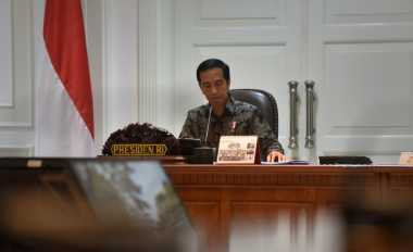 \TERPOPULER: Presiden Jokowi Ngopi-Ngopi dengan Menko Darmin   \