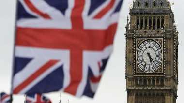 \Bank Mulai Pindahkan Ribuan Pekerjaan dari Inggris\