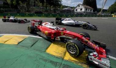 Sebastian Vettel Bahagia Bertarung di Ajang Race of Champions