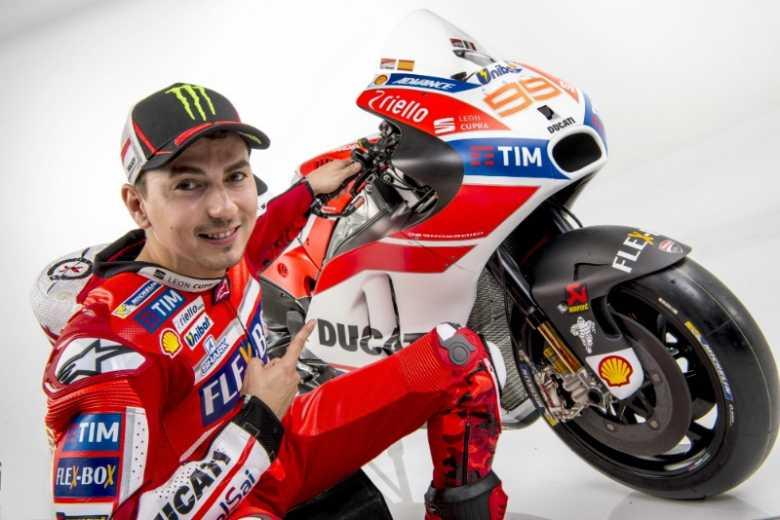 Jorge Lorenzo Malas Ungkit Keterpurukan Valentino Rossi Bersama Ducati