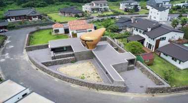 \TERPOPULER: Seorang Arsitek Bangun Rumah Unik di Pulau Jeju\