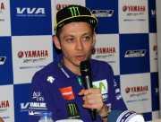 Valentino Rossi Sapa Fans di Indonesia
