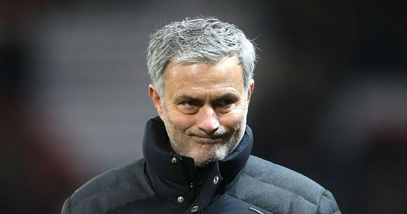 Dianggap Lamban, Mourinho Pecat Ball Boy di Old Trafford