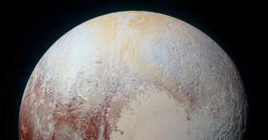 NASA Ungkap Foto Pluto dari Jarak Dekat