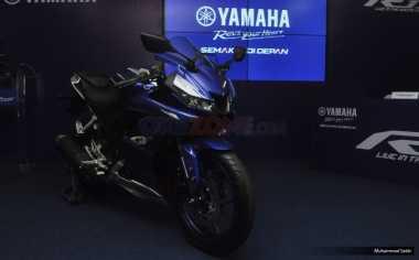 Ada Model Terbaru, Yamaha Potong Harga Motor R15 Lama