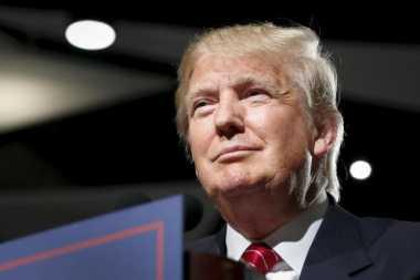 \Bertemu Para CEO, Trump Janji Pangkas Pajak\