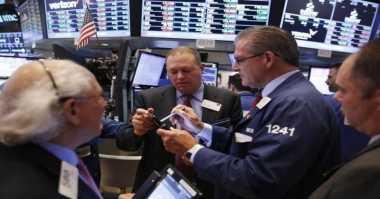 \Wall Street Dibuka Mendatar Menunggu Laba Emiten\