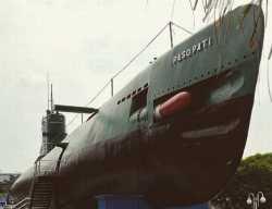 Tak Perlu ke Tengah Laut, di Pusat Kota Surabaya Bisa Lihat Kapal Selam