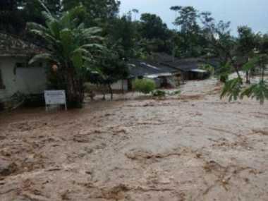 Banjir Bandang Terjang Ratusan Rumah Di Kabupaten Bandung Barat