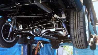 Seberapa Penting Kolong Mobil Diberi Cairan Pelapis Antikarat