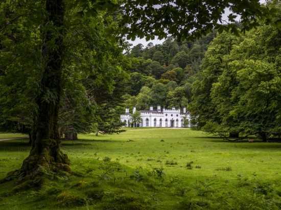 Ingin Rasakan Tinggal di Kastil Kerajaan? Siap-Siap Rogoh Rp399 Miliar