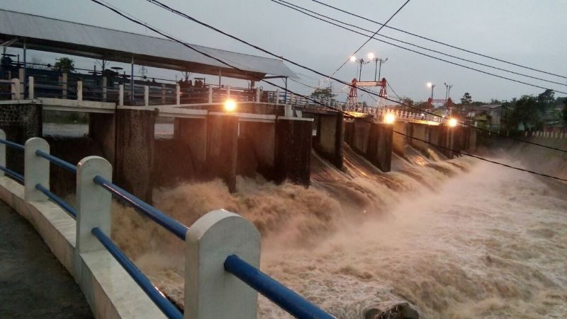 Bogor Diguyur Hujan Deras, Bendung Katulampa Kembali Siaga III