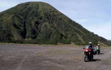 Siapa Saja Kalangan Pembeli Motor Adventure Versys-X 250?