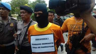 Satu Pelaku Pembunuhan Keluarga Juragan Angkot Merupakan Anak Tiri Mulyadi