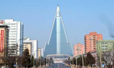 \Mengejutkan! Korea Utara Punya Bangunan Terbengkalai Terbesar di Dunia\