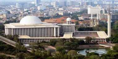 \Masjid Istiqlal di Awal Berdiri, Tanpa Pagar\