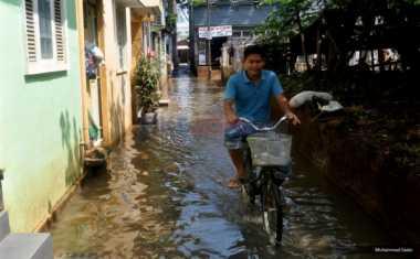 Luapan Sungai Buntung, Rumah Warga Bungurasih Sidoarjo Kebanjiran