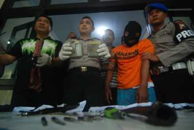 Kapolres Mojokerto Minta Pelempar Bom Bondet yang Lukai Polisi Ditembak