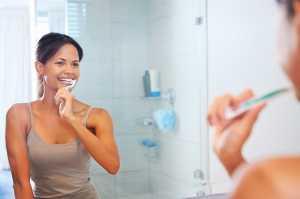 7 Tips Merawat Gigi Setelah Usia 25 Tahun