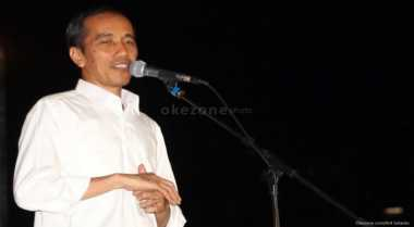 \Canda Jokowi Beri Sepeda untuk MC Choky Sitohang\